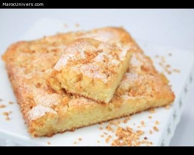 CHOUMICHA: CAKE CARAMÉLISÉ AUX POMMES